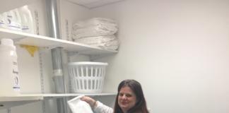 Sarah J working at Juut Salonspa